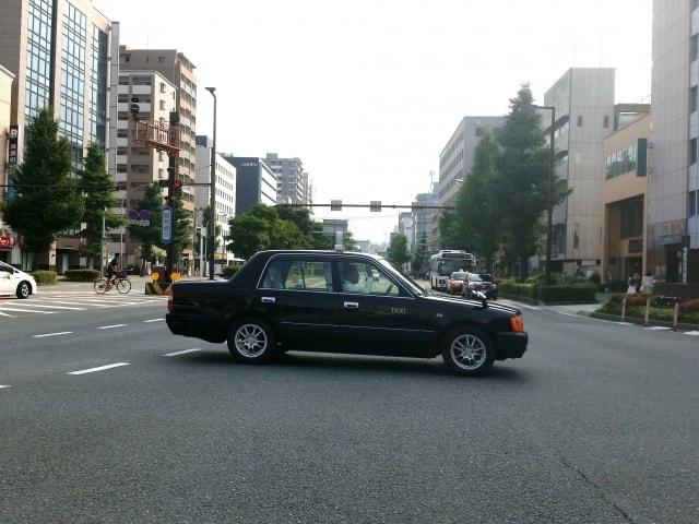 タクシーとハイヤーの違い!答えに潜むは帝国の意思?